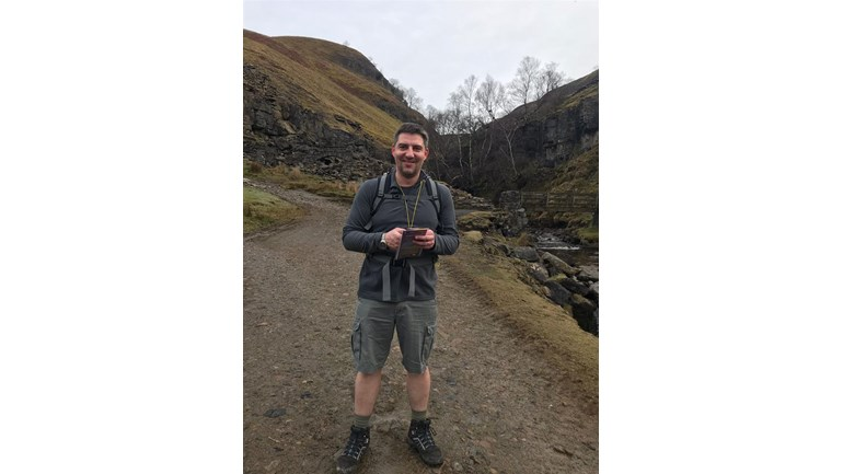 Coversure Bedale's Dave Scanlan Walks Over 80 Miles for Charity